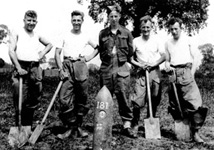 Tom with his bomb-disposal colleagues